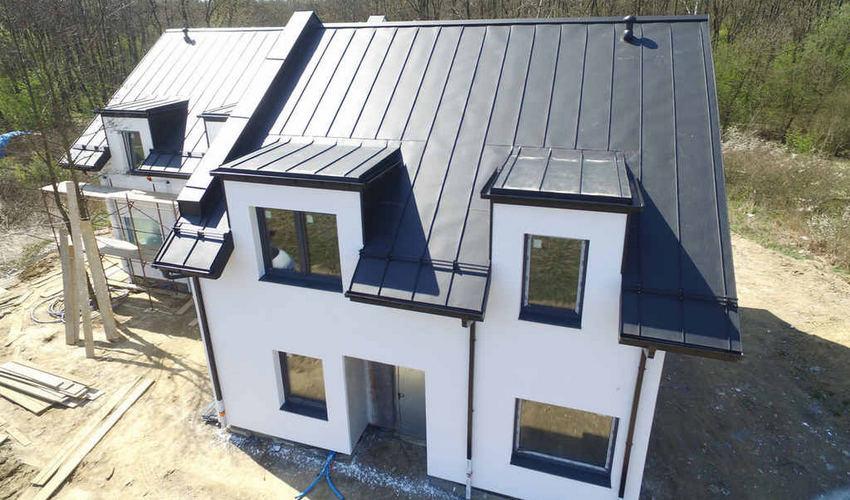 Pokrycie dachowe z blachy na rąbek stojący