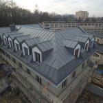 Dach na plebanii z blachy Prefa Kraków